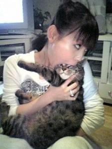 中川翔子_猫_食べる_0003