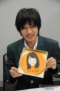 山崎賢_orange_0001