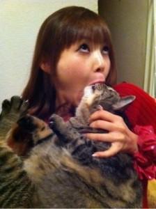 中川翔子_猫_食べる_0004